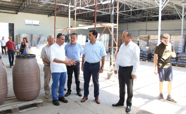 Bakanlar Arsal Gıda'yı ziyaret etti