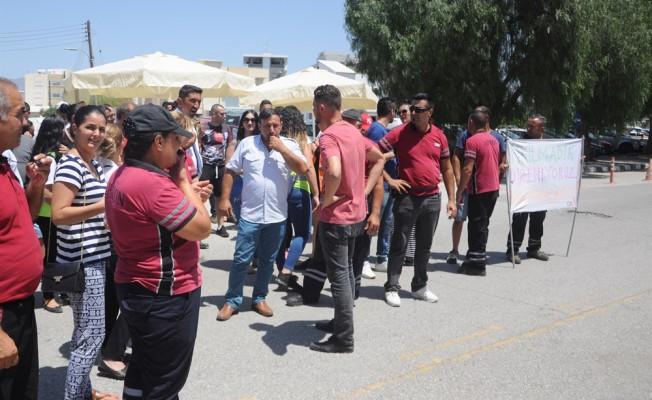CAS çalışanları Başbakanlık önünde
