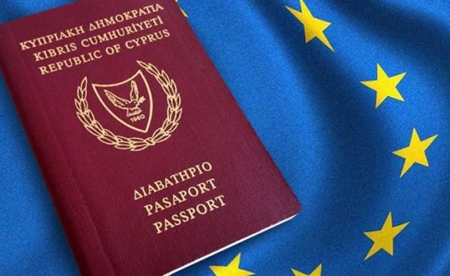 EDEK: Kıbrıs Cumhuriyeti pasaportu ile KKTC yüceltiliyor...