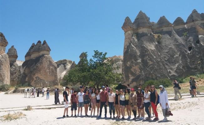 Yarışmayı kazanan öğrencilere gezi düzenlendi