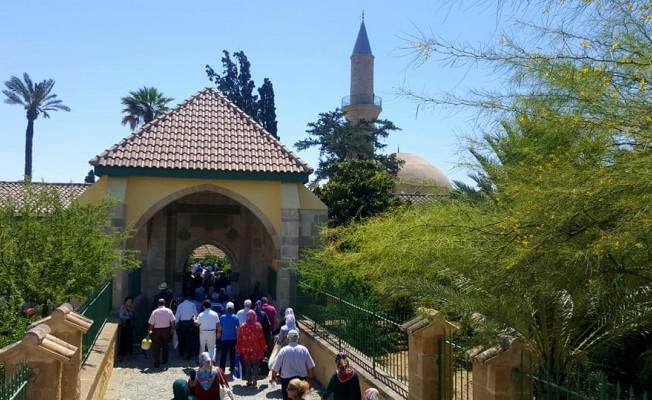 Din İşleri, Hala Sultan'a ziyaret düzenliyor