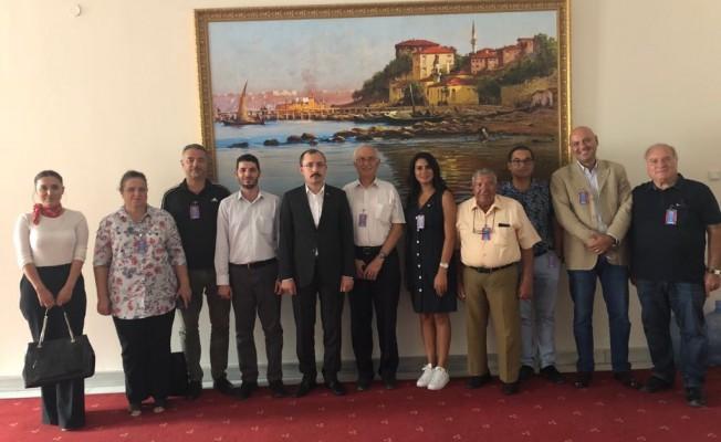 Kuzey Kıbrıs Türk Kızılayı ile Türk Kızılayı yetkilileri biraraya geldi