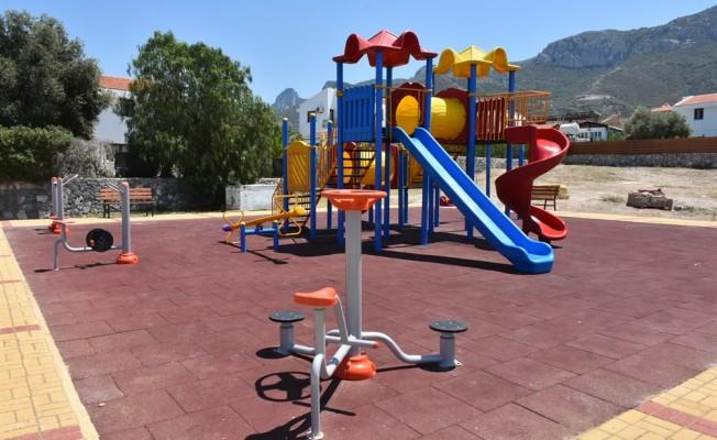 Ozanköy'e yeni çocuk parkı