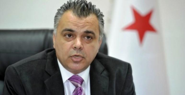 Asım İdris müsteşarlık görevinden istifa etti