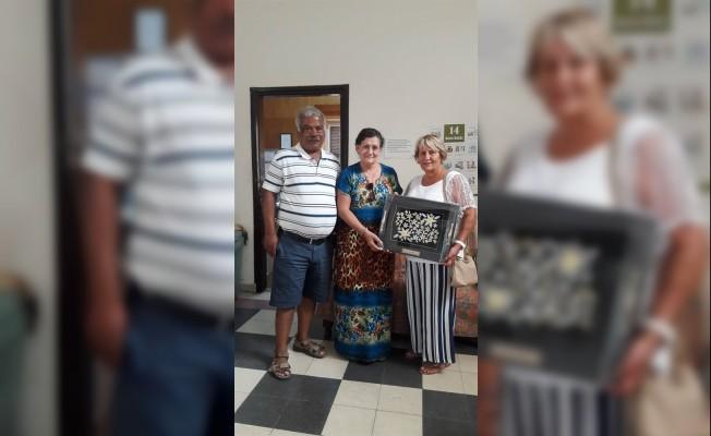 Çayönü Çifti'nden Kanser Hastalarına bağış...