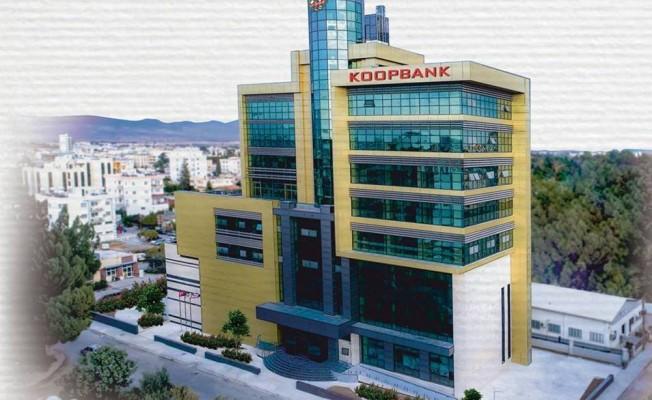 KOOPBANK yeni binasında...