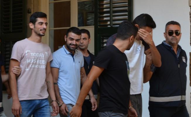 9 Kişi tutuklandı 8 kişi aranıyor!