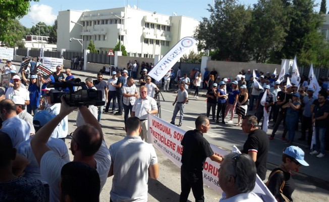 Meclis önündeki eylem sona erdi...