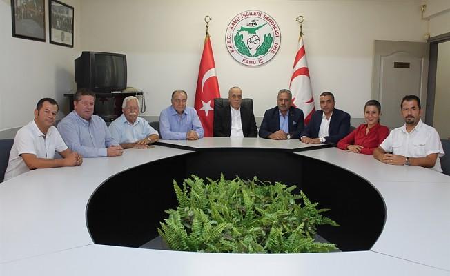 Türk-İş  ile Türkiye Yol İş Sendikası Kamu-İş'i ziyaret etti.