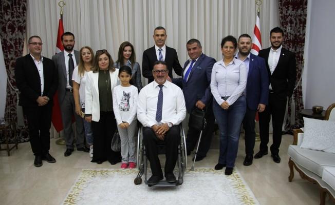 Ortak projeden 15 tekerlekli sandalye bağışı