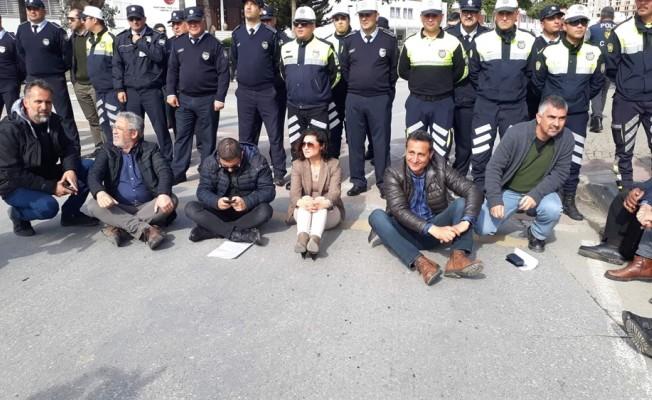 Sendikal Platform ile polis arasında gerginlik yaşandı