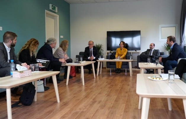 Alman milletvekilleri Antropoloji Laboratuvarı'nı ziyaret etti