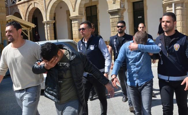Cinayet zanlıları için 3 gün tutukluluk kararı alındı