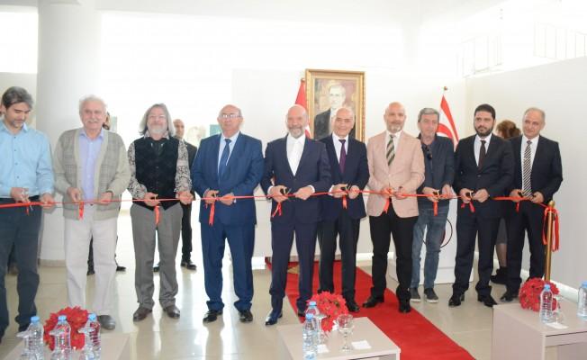 Tataristanlı ressamların sergisi YDÜ'de açıldı