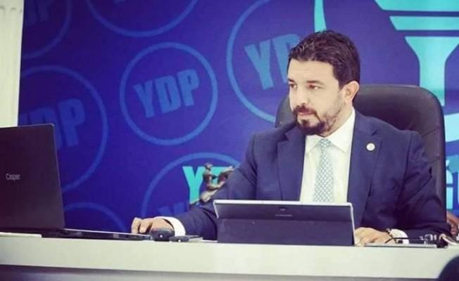 Zaroğlu: Satılık gazeteciler!