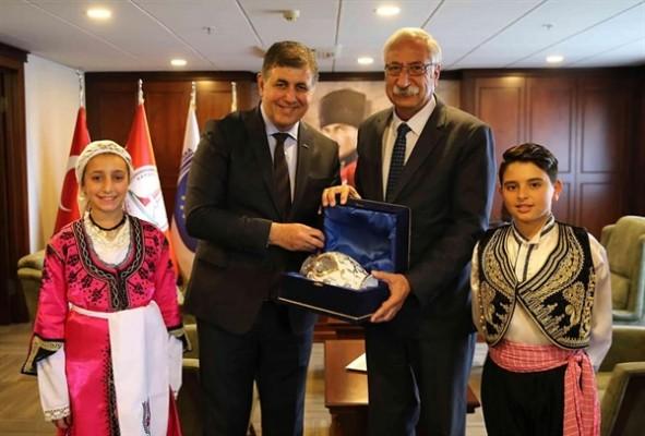 Güngördü, Karşıyaka Belediye Başkanı'nı ziyaret etti