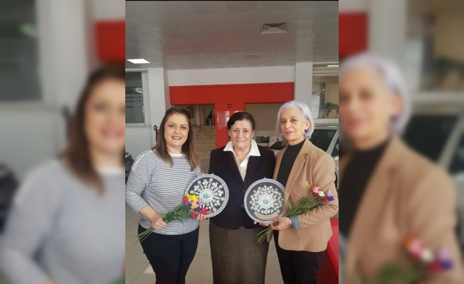 İş Kadınları Derneği'nden Kanser Hastalarına katkı