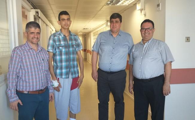 Lefkoşa Devlet Hastanesi'nde skolyoz ameliyatları sürüyor