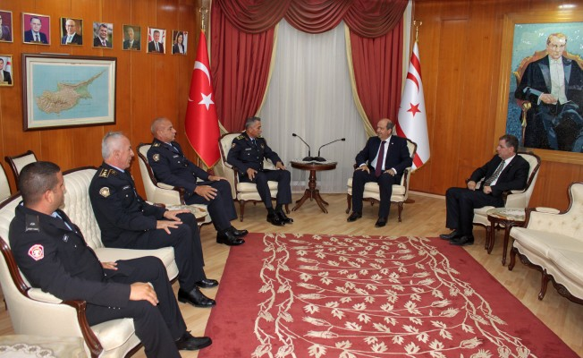 Tatar, Manavoğlu ve heyetini kabul etti....