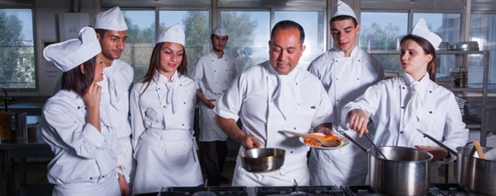 DAÜ Pastacılık ve Ekmekçilik programına öğrenci kabul edecek