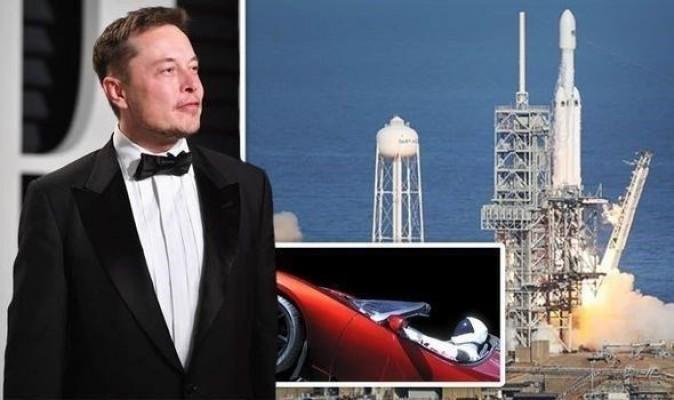 Elon Musk yeni roketini duyurdu
