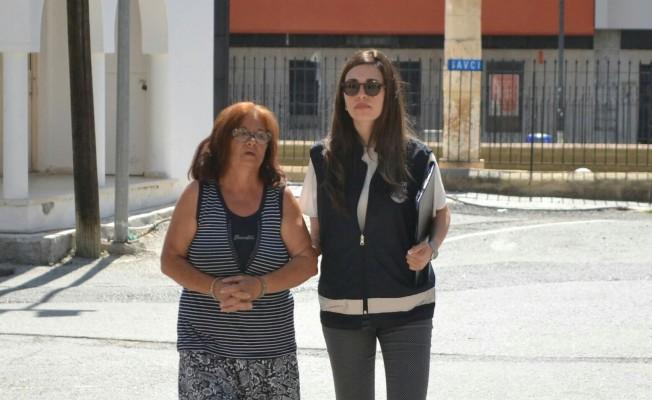 Kıbrıslı Rum kadın Lemar'dan içki çaldı!