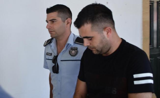 Zimmetine para geçiren pazarlamacı tutuklandı...