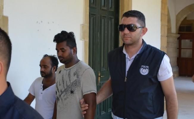 Güney Kıbrıs'tan KKTC'ye kaçak geçiş...