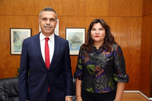 Uluçay, görevine atanan Çınar'ı kabul etti...