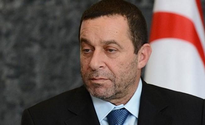 Serdar Denktaş DP Genel Başkanlığı'ndan istifa etti...