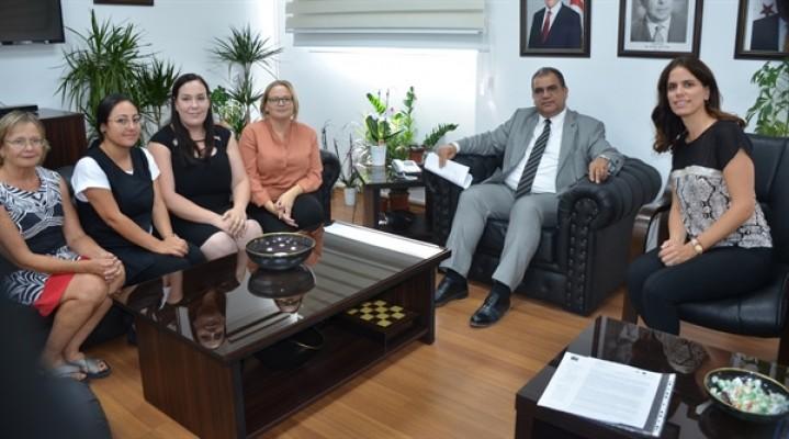 Sucuoğlu, Kıbrıs Kadın Sağlığı Araştırma Derneği ile görüştü