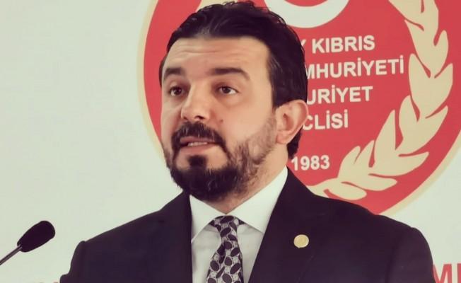 Zaroğlu: Hükümet sendikaya teslim!