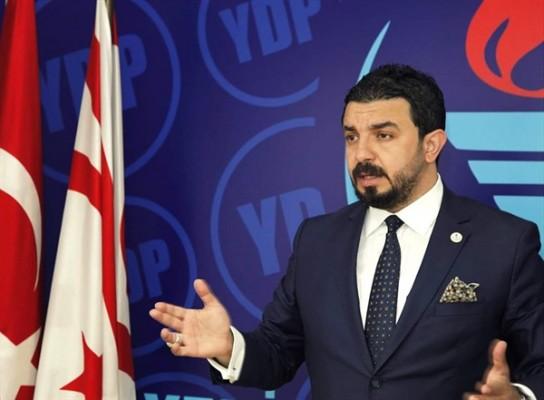 Zaroğlu ikamet ve vizeler tüzüğü'nü eleştirdi