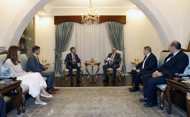 Akıncı, Sivil Savunma Teşkilatı Başkanı Karakoç'u kabul etti