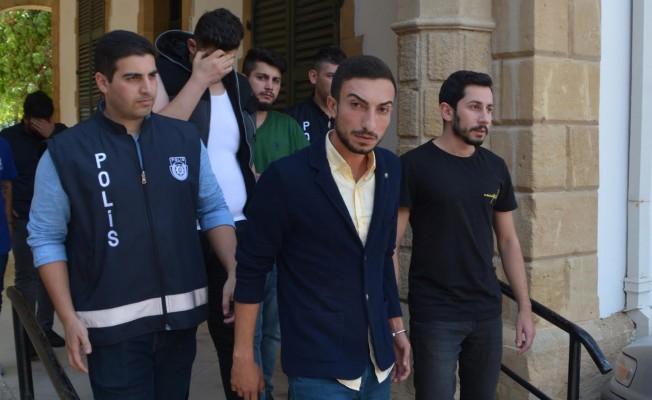 Kavgaya karışan gençler mahkeme huzuruna çıktı...