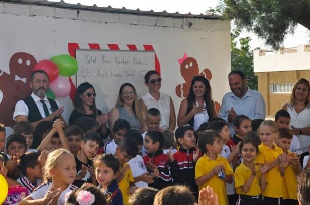 Şehit İlker Karter İlkokulu'nda açık hava sınıfı açıldı