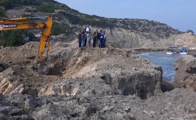 Kayalar Balıkçı Barınağının tadilatına başlandı
