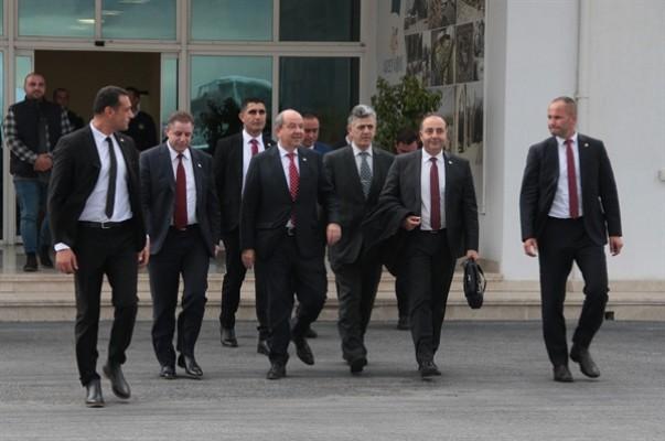 Başbakan Tatar İstanbul'a gitti...