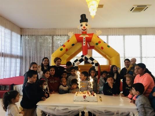 Kemal Saraçoğlu Vakfı yılbaşı yemeği düzenledi