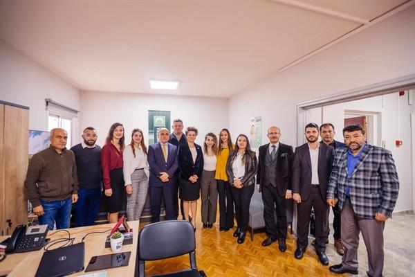 Başçeri, Kıbrıs Türk Yeşilay Derneği'ni ziyaret etti