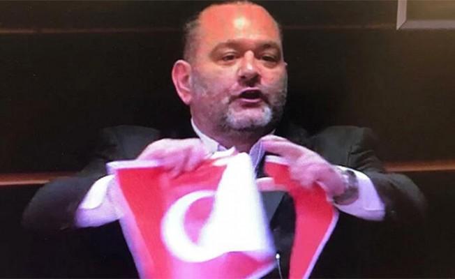 Çavuşoğlu'ndan Türk Bayrağı'nı yırtan Yunan vekile tepki!