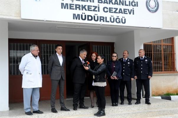 Kadın mahkumlara sağlık taraması yapılıyor