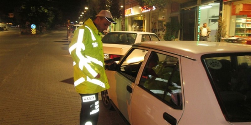 Polis 153 sürücüye ceza kesti…