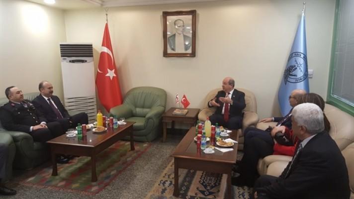 Başbakan Ersin Tatar Türkiye'de...