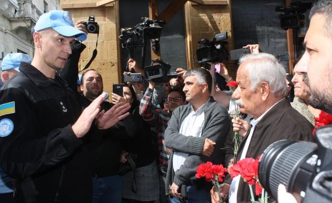 BM'den Kıbrıs Türklerine engel!