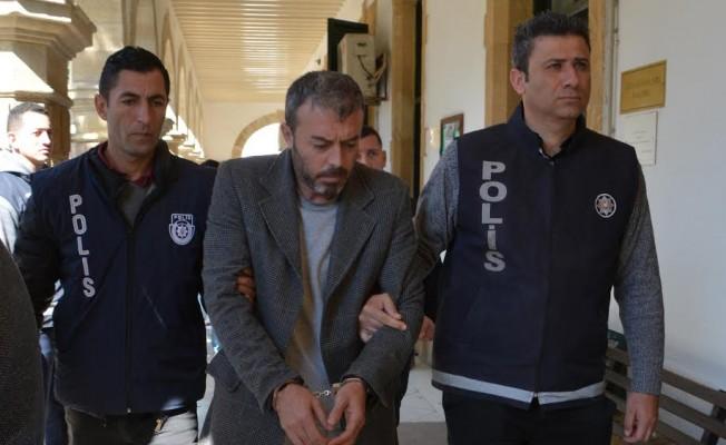 Elif Lort'u bıçaklayarak öldüren Çelik, mahkeme huzuruna çıktı
