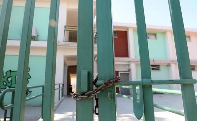 Güney Kıbrıs'ta tüm eğitim kurumları20 Mart'a kadar kapatıldı