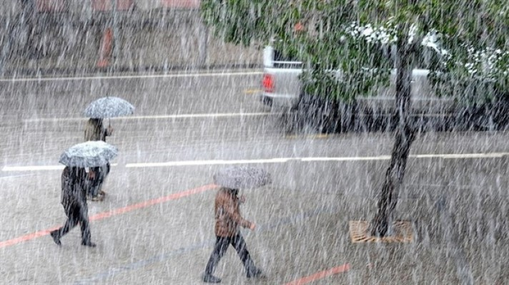 Hava hafta boyunca serin ve yağmurlu....