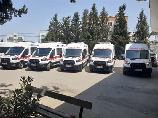 5 Ambülans Sağlık Bakanlığı'na teslim edildi...