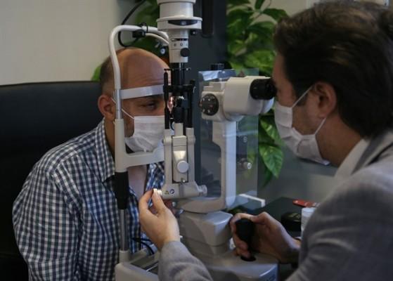 Görme yetisini kaybeden KKTC vatandaşı Türkiye'de tedavi edildi